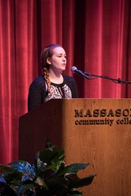 Student Senate President Olivia Hughes introduces Dr. Pinckney